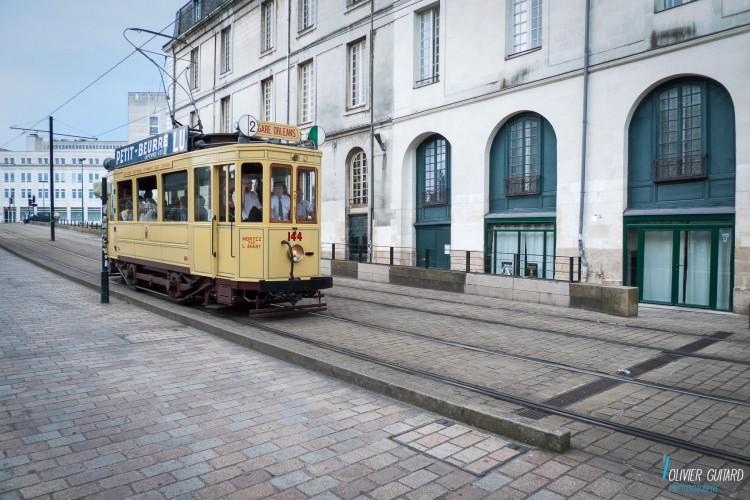 Olivier-Guitard_Nantes-Tramway-electrique